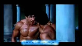 getlinkyoutube.com-Action Scene of Salman Khan Two Muscles Man Fights   Video