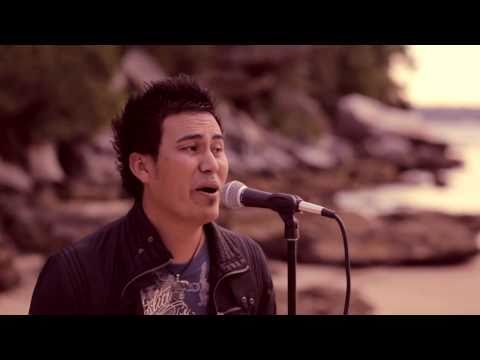 Ali Omid New Afghan Hazaragi Song 2011 ( Mohai Sia)