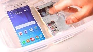 getlinkyoutube.com-Samsung Galaxy S6 VS iPhone 6 Water Test! Waterproof?