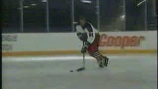 getlinkyoutube.com-Wayne Gretzky's Hockey Tips - Puck Handling