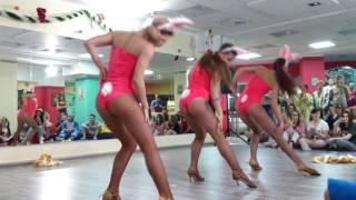 """getlinkyoutube.com-Новогодняя пижамная вечеринка в """"Яшанькин Фитнес"""" 16.12.2016"""