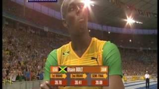 getlinkyoutube.com-Usain Bolt 200m world record: 19.19!!! (+ Michael Johnson's reaction)