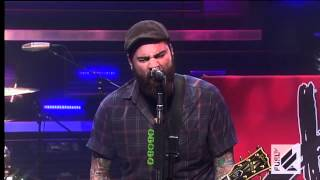 getlinkyoutube.com-Four Year Strong - Stuck In The Middle (live @ The Daily Habit) HD