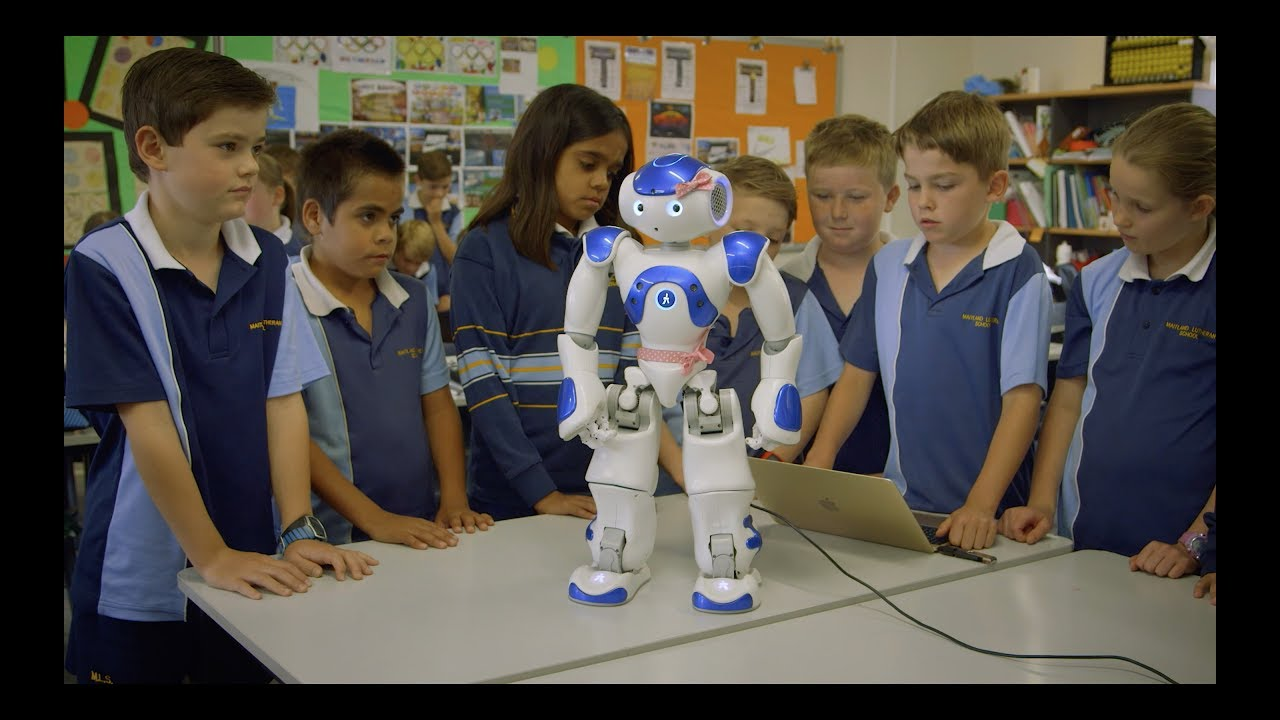 What do a humanoid robot and the recently awakened Narungga language have in common?