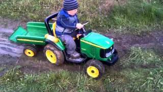 getlinkyoutube.com-Peg Perego John Deere Power Pull 12V Honzik 28.mesicu
