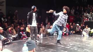 getlinkyoutube.com-duo LES TWINS en la Final de baile hip hop 2011 en tokyo japon