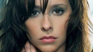 getlinkyoutube.com-Why Hollywood Won't Cast Jennifer Love Hewitt Anymore