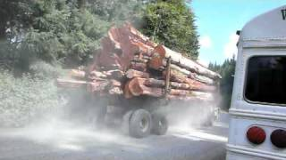 getlinkyoutube.com-Huge Mack Timber Truck Vancouver Island BC.MOV