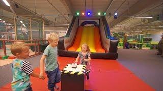getlinkyoutube.com-Fun Playground for kids at Lattjoland Indoor Play Center in Kalmar (family fun)
