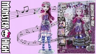 getlinkyoutube.com-Monster High Singing Ari Hauntington Review