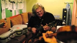 getlinkyoutube.com-Sleepy Man Banjo Boys jam with Ricky Skaggs