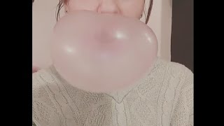 getlinkyoutube.com-Blowing Bubble Gum Bubbles #370