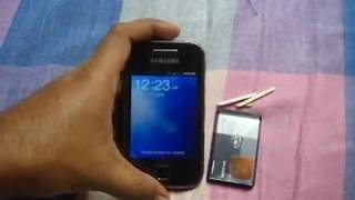 getlinkyoutube.com-How to - Samsung Galaxy battery problem SOLVED.