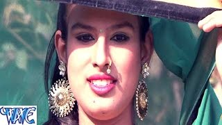 getlinkyoutube.com-चाँद अइसन तोहरी सुरतिया - Chand Aisan Surtiya - Abhishek Dubey - Bhojpuri Hot Songs 2016 new
