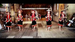 getlinkyoutube.com-Kampung Taee Bidayuh Dance