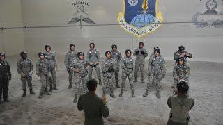 getlinkyoutube.com-USAF Arctic Survival School