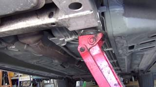 getlinkyoutube.com-How to jack up your car without jacking up your car