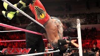 getlinkyoutube.com-Roman Reigns vs. Kofi Kingston: Raw, October 26, 2015