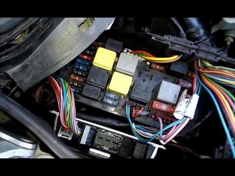 Расположение блок управление двигателям mercedes C class