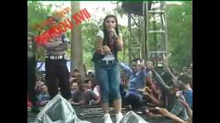 getlinkyoutube.com-Ratna Antika ~ ADA GAJAH DI BALIK BATU Monata Live in Pekuwon Juwana 20-12-2014
