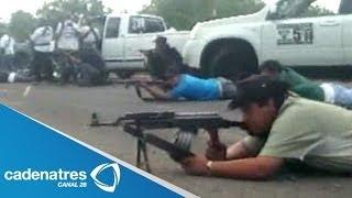 getlinkyoutube.com-Autodefensas hacen suyo Nueva Italia, Michoacán; balacera contra narcos deja un muerto