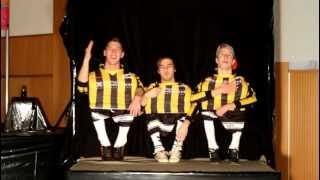 getlinkyoutube.com-super amazing midget dance