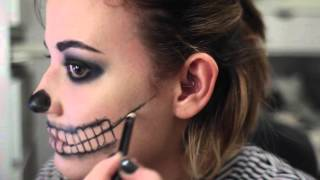 getlinkyoutube.com-Get Ready With Me: Halloween Skeleton Makeup