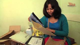 getlinkyoutube.com-Roopal Tyagi Receives Gifts from Fans on her Birthday - Part 2 of 2