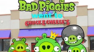 getlinkyoutube.com-Bad Piggies went to Chuck E Cheese's