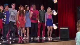 getlinkyoutube.com-Disney Channel España | Videoclip Violetta - Algo Se Enciende