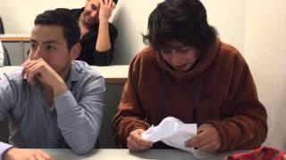 getlinkyoutube.com-Típico Cuando Hacen leer a tu Amigo en Clases | Videos Pollo Castillo