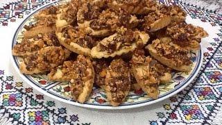 getlinkyoutube.com-حلوة الباطو معمرة باللوز و الزبيب رائعة الشكل و مذاق مميز من حلويات الطبخ المغربي