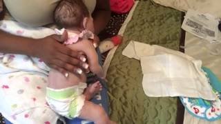 getlinkyoutube.com-Day in the life of Silicone baby/feeding