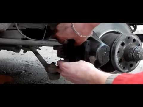 Расположение подшипника передней ступицы у Ягуар XE