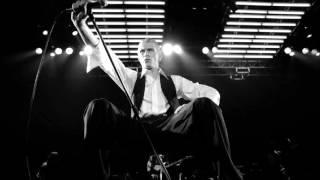 getlinkyoutube.com-David Bowie - Stay (Live Nassau Coliseum '76)