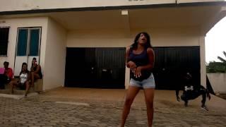 Nigerians murder South African dance step Gwara Gwara (aii zenze) *Subscribe*