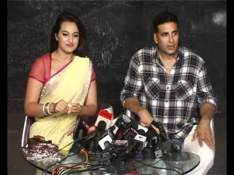 BNB NEWS-SONAKSHI SINHA CELEBRATE   HER BIRTHDAY WITH AKSHAY KUMAR.