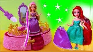 getlinkyoutube.com-Rapunzel Royal Style Studio Playset Color Changing Doll Disney Princess Color Changers Ariel Belle