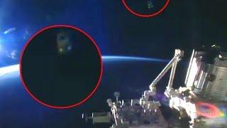 getlinkyoutube.com-UFOs Probe sighting 2016  ISS NASA/ESA Ufo appear near International Space Station