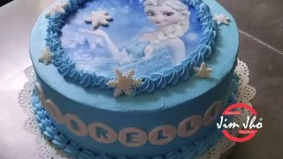 getlinkyoutube.com-Decoración Facil de Torta Frozen de Chantilly