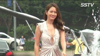 [SSTV] PiFan 레드카펫 손예진, 가슴을 옷핀 하나로! '여신 파격 드레스'