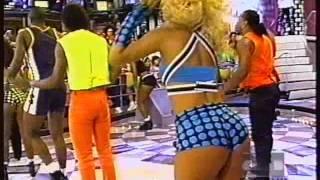 getlinkyoutube.com-É o Tchan - A dança do Bumbum 1996 - Xuxa HITS