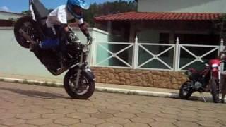 getlinkyoutube.com-MANOBRAS RADICAIS MOTO SHOW EM POUSO ALTO - MG