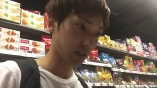 getlinkyoutube.com-一緒にタイのデパートでキンダーサプライズを探そう!