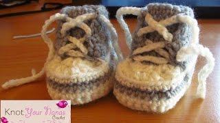 getlinkyoutube.com-Newborn Crochet Converse Booties