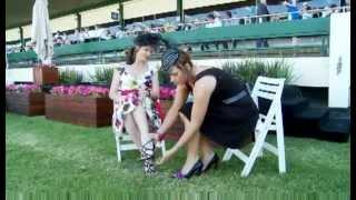 getlinkyoutube.com-How to avoid Heels Sinking in Grass with Starlettos High Heel Protectors