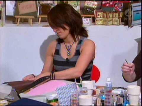Annas Scrapbooking visar julpyssel för Tilde de Paula.