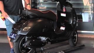 getlinkyoutube.com-Custom Murdered Out 2015 Vespa GTS Super