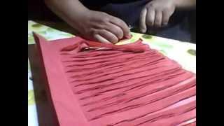 getlinkyoutube.com-como hacer un plumero facil con papel de volantin