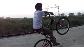 getlinkyoutube.com-Naman Khodiyar 2014 Full Stunts Video Of Shahdol M.P...